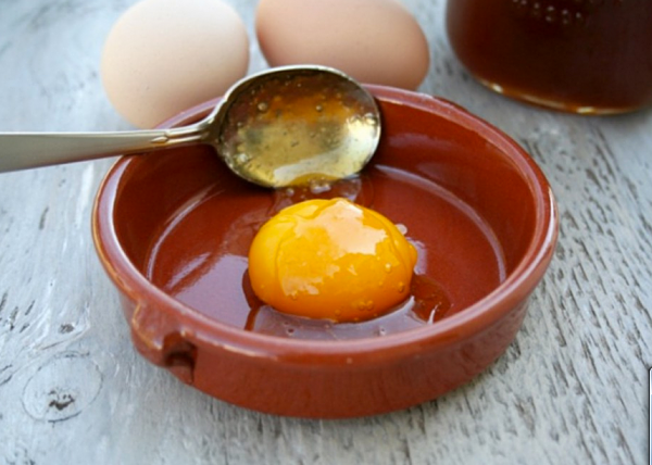 cách tăng cân với mật ong và trứng gà