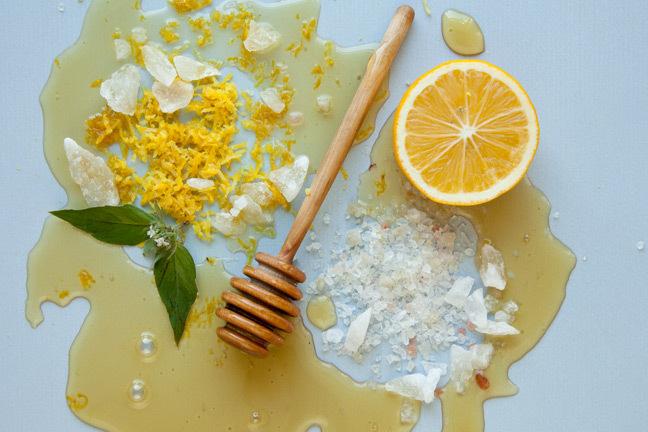 cách giảm cân bằng mật ong nước ấm và chanh