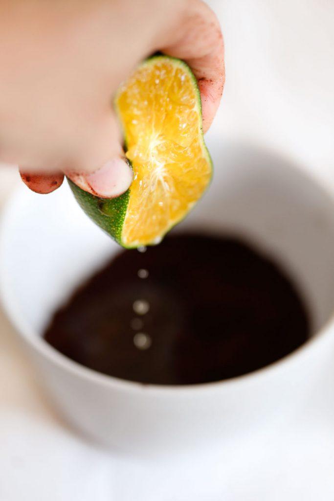 Tẩy da chết tại nhà bằng cà phê detox cho da 5