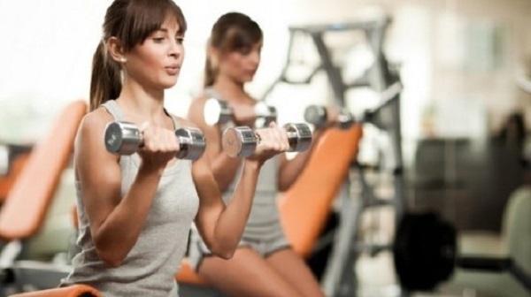 các bài tập giảm mỡ bắp tay hiệu quả 2