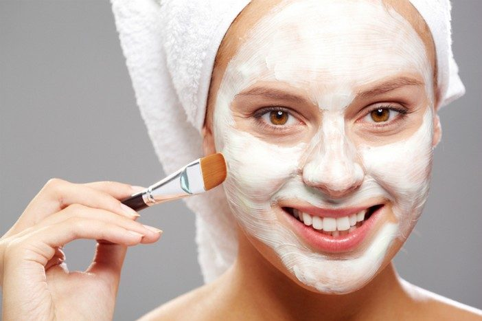 7 cách làm đẹp da mặt từ thiên nhiên tại nhà với sữa chua